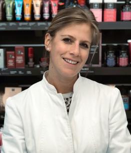 Dott.ssa Nicole Hofman - Responsabile dermocosmesi